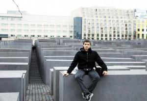 Nikola Savic, spomen obelezje holokaustu